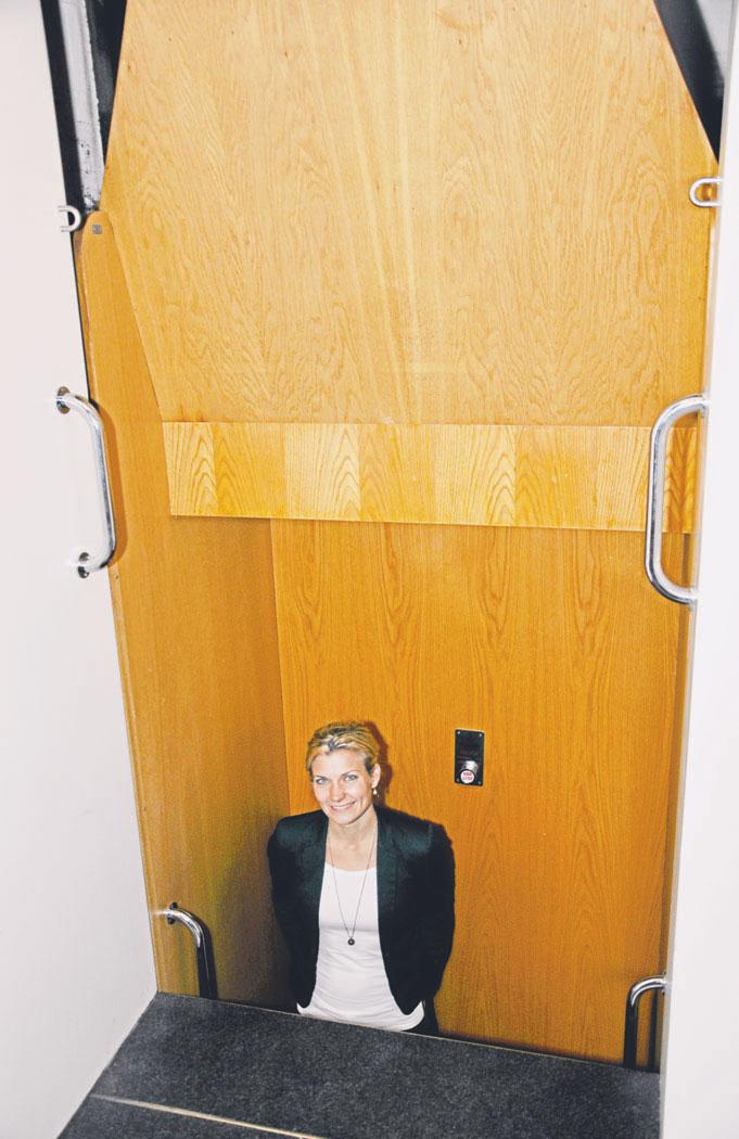 christiansborg elevator dyb hals